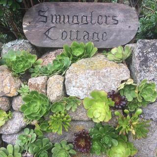 smugglers cottage sign.jpg