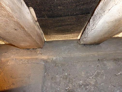 Gaps between the rafters.JPG