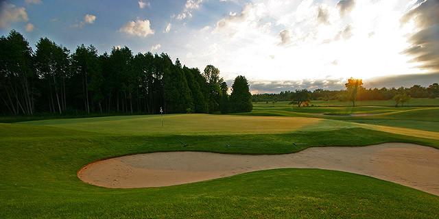 Stonehenge Golf Club Bowmanville.jpg