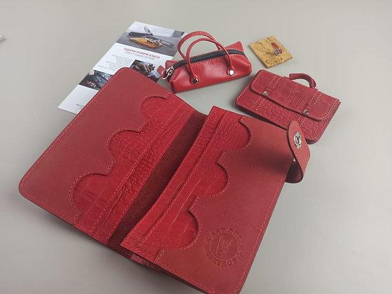 Кожаный Клатч (красное портомне из кожи)