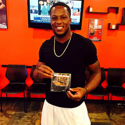O my boy _c_dubb704  of the _tbbuccaneers  came through to grab the new mixtape kno he gone kill em