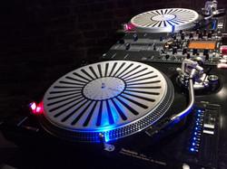 Vinyl addition with DJ Eric Visa