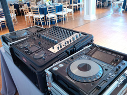 DJ Eric Visa @ a True Event wedding