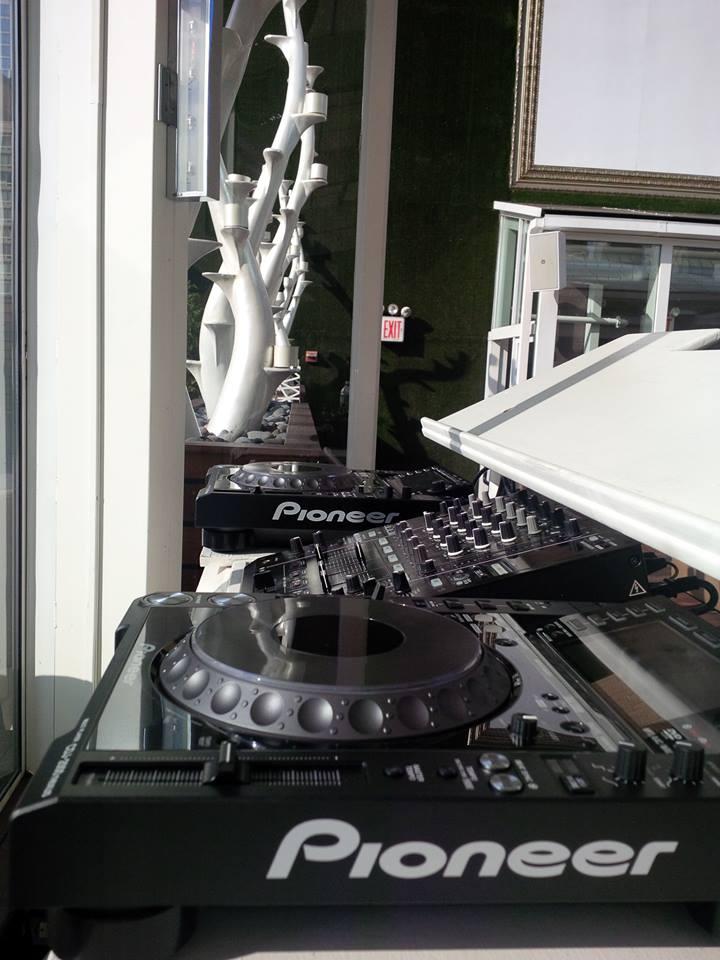 DJ Eric Visa @ XVI, NYC