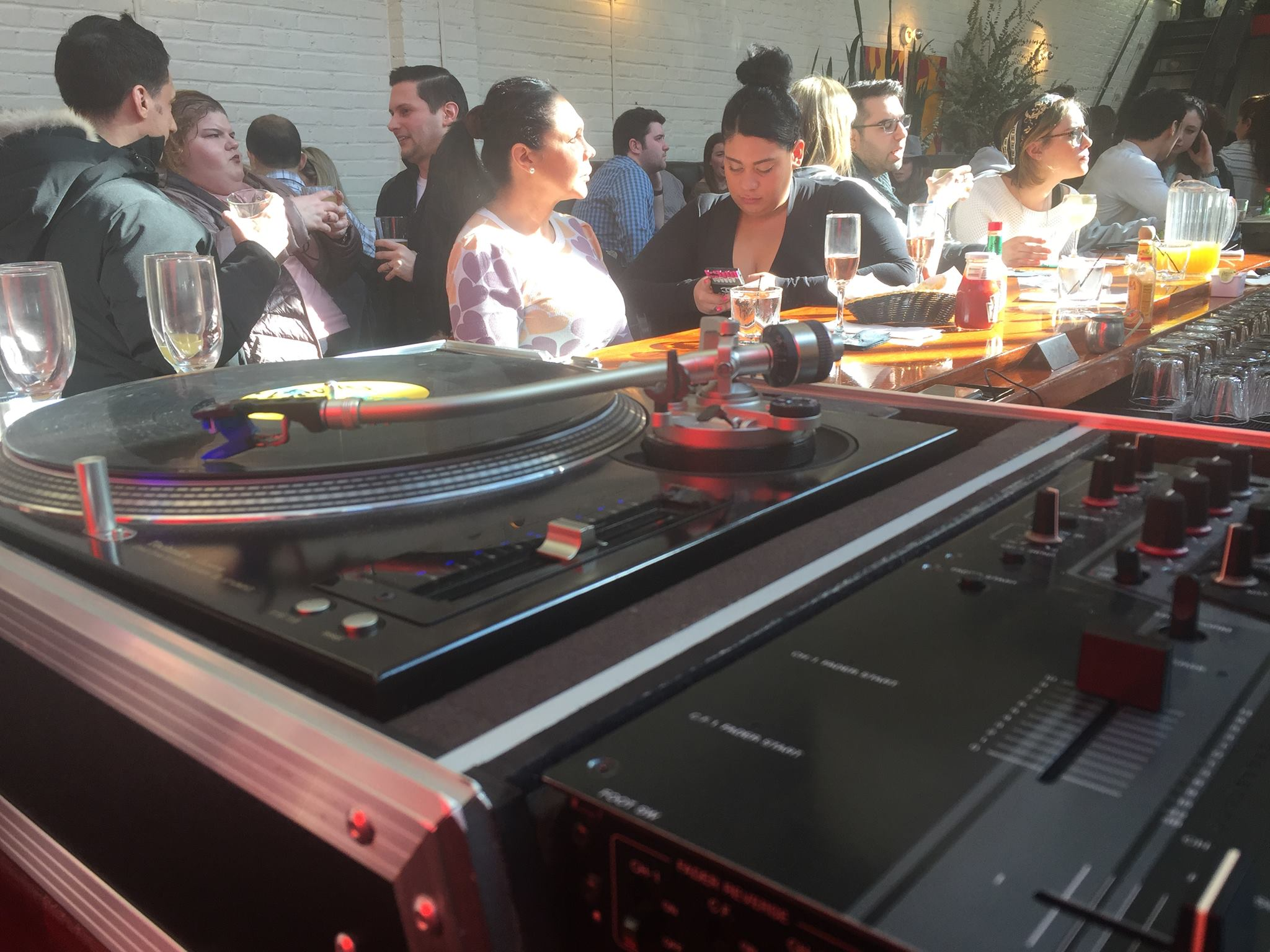 A vinyl kinda brunch @ Essex, NYC