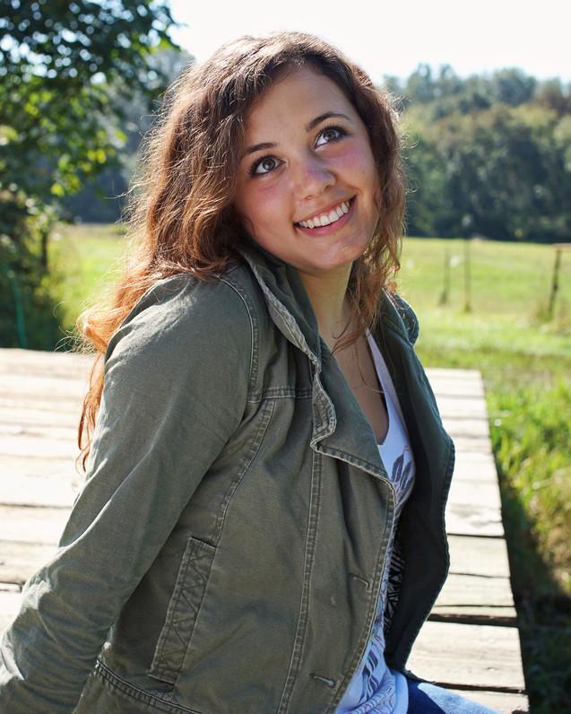Anabel-Keller-Senior-Portrait-Seattle-Im