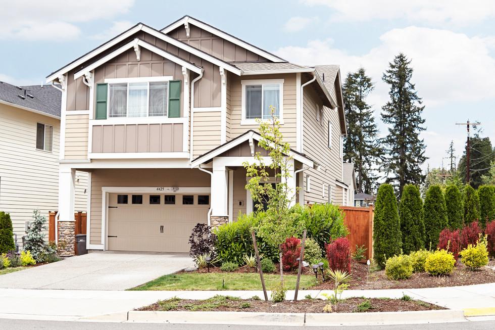 House_Front_DSC01480.jpg