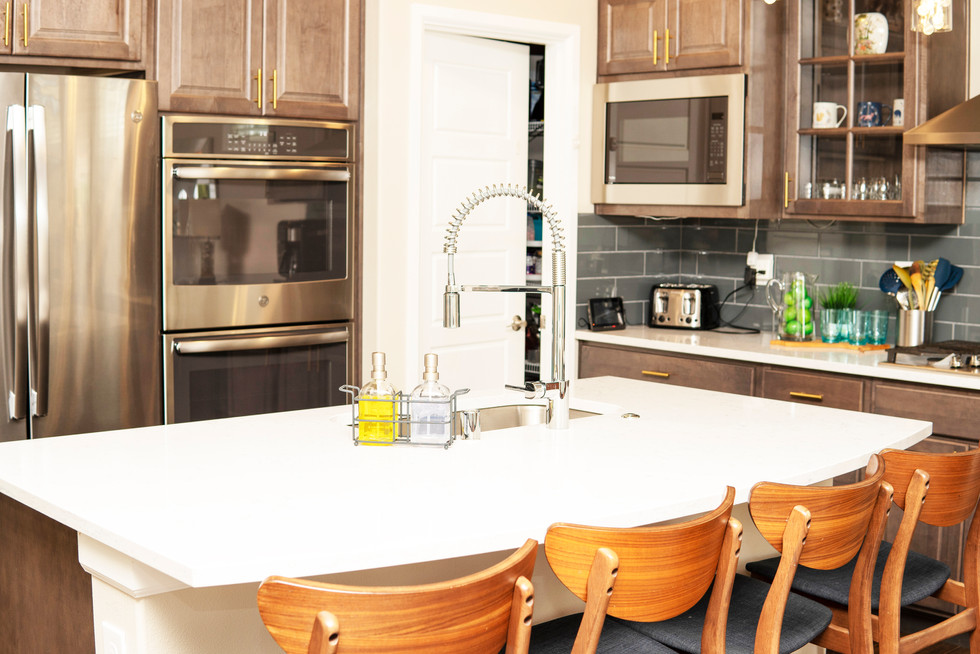 KitchenBar_DSC01523.jpg