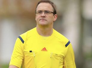 Schiedsrichter im Porträt IV