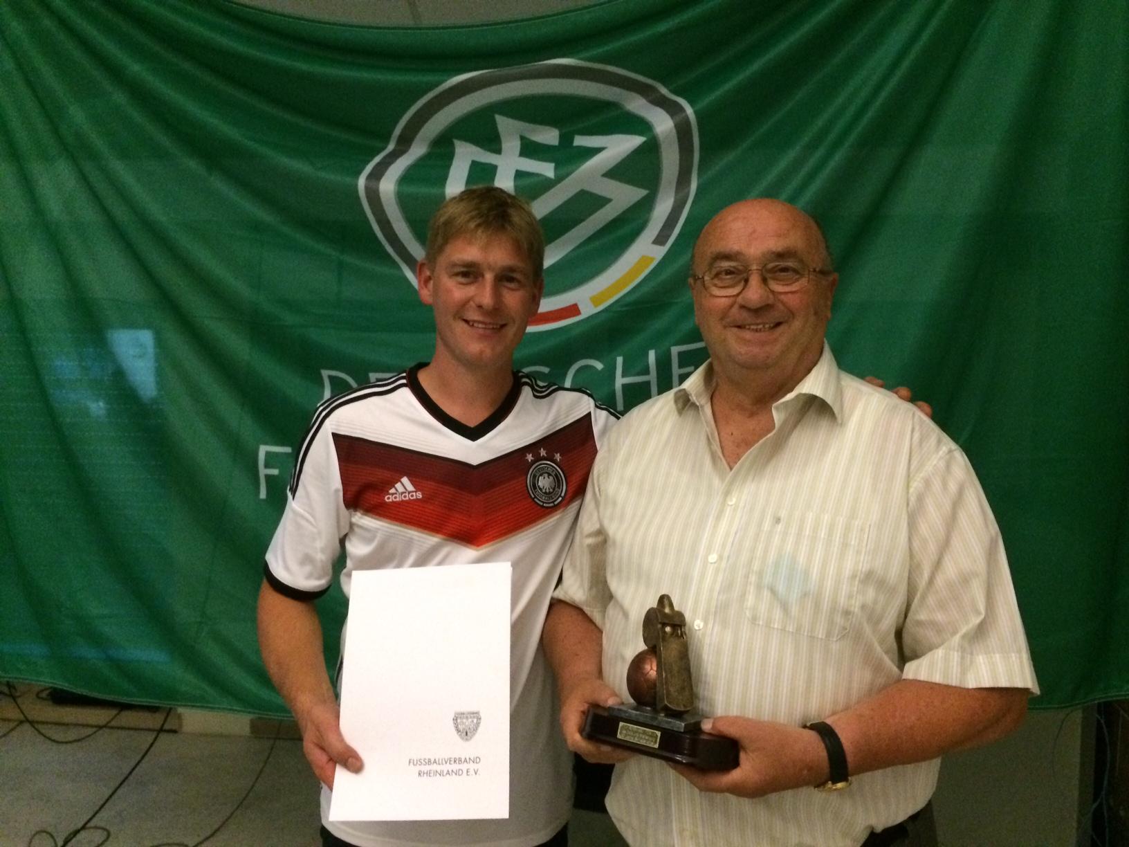 Nachruf Schiedsrichter Bernd Porten