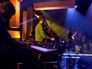 On Jools Holland with Zara McFarlane 10 piece band