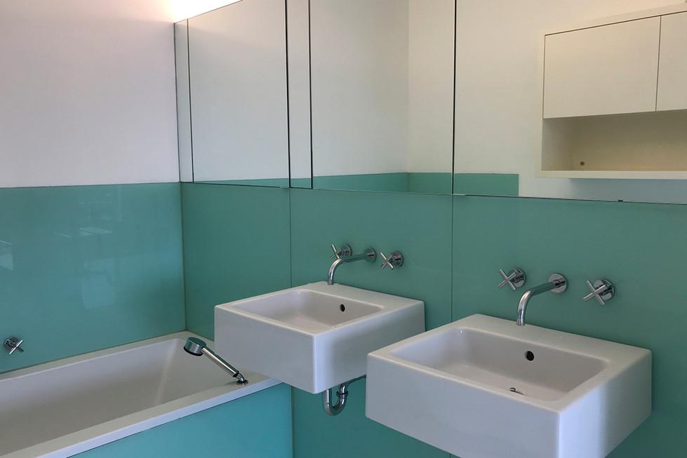 3-badkamer.jpg