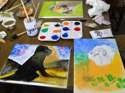 Paintings to get paw printed by dog