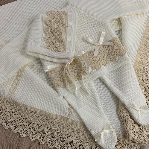 CREAM KNITTED THREE PIECE SET- BAMBINO COLLECTION