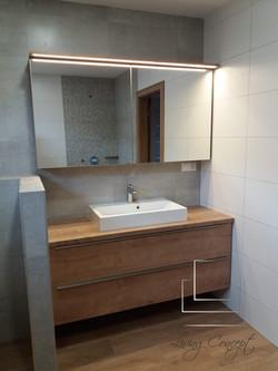 Kúpelňová skrinka na mieru