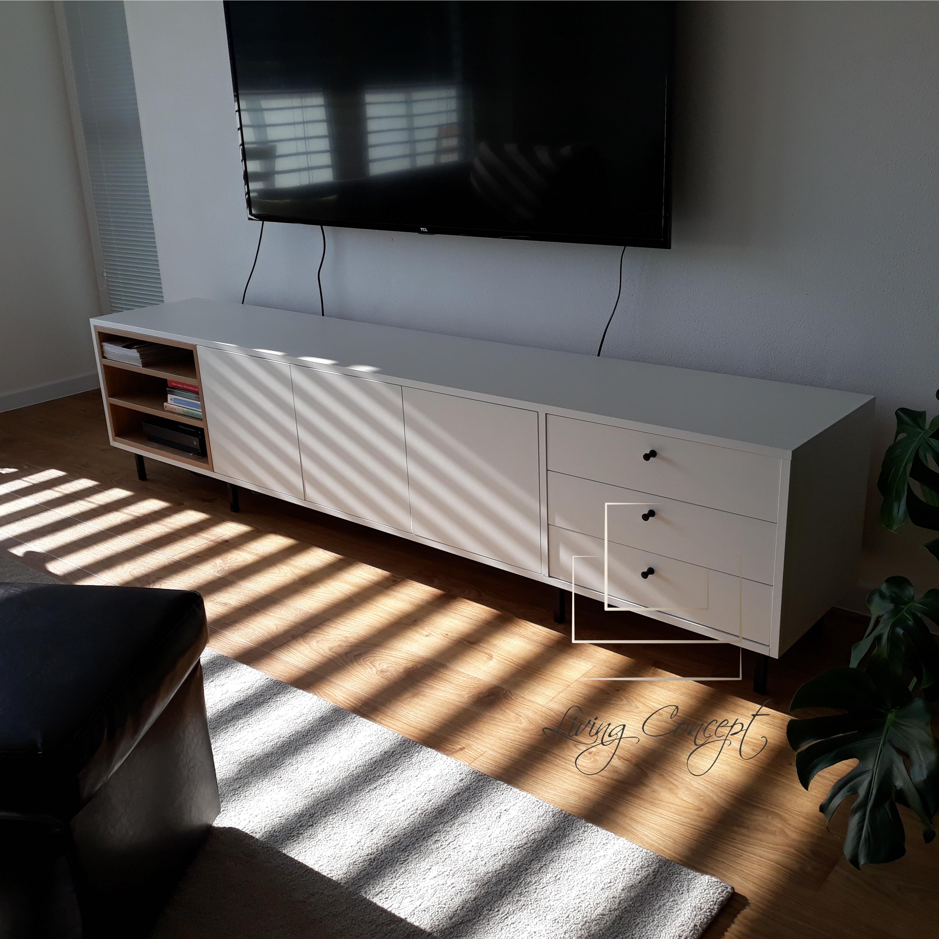 TV skrinka