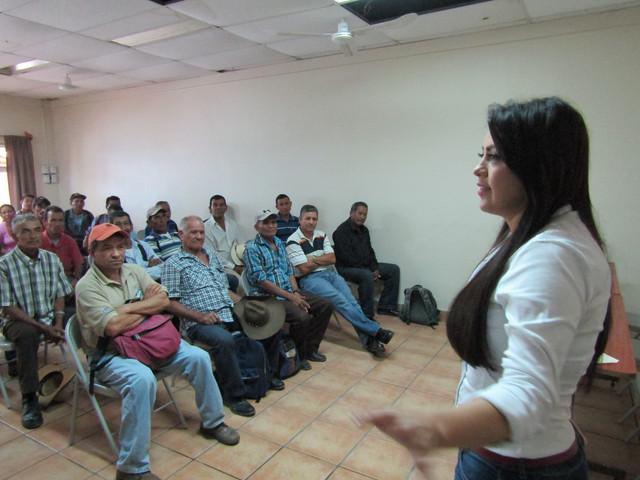 Diputada del pueblo visita municipios de la zona sur de Francisco Morazán