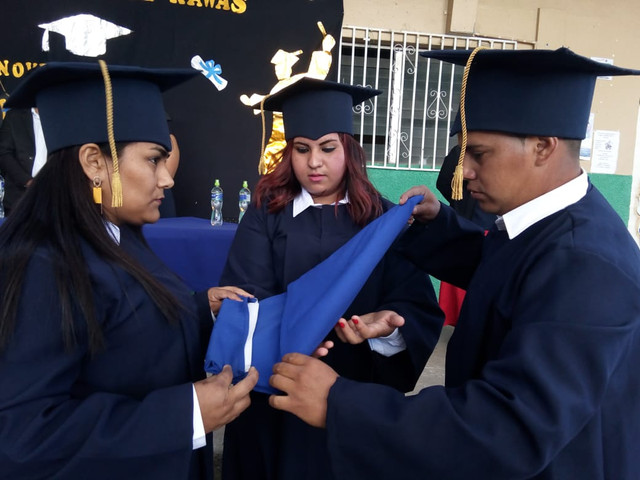37 alumnos culminan sus estudios de noveno grado en el IHER