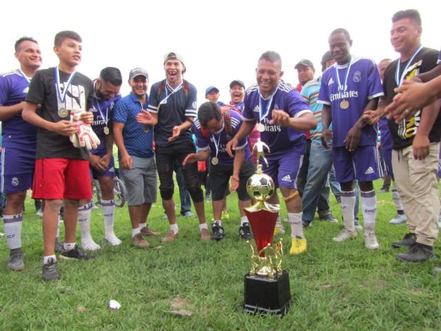A rodar la pelota en la Liga Regional de Veteranos del Centro-Sur de Francisco Morazán