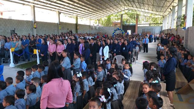 Autoridades municipales y educativas de Santa Ana F.M. celebran V Aniversario de fundación del Insti