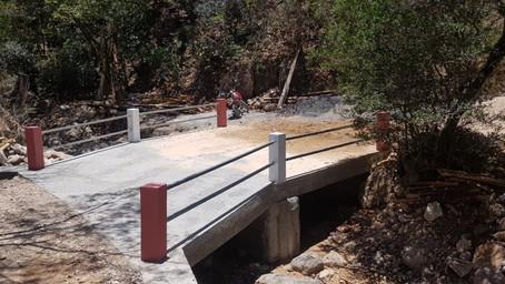 Construyen Puente que comunica a la comunidad de San Francisco de Saracarán, Ojojona F. M.