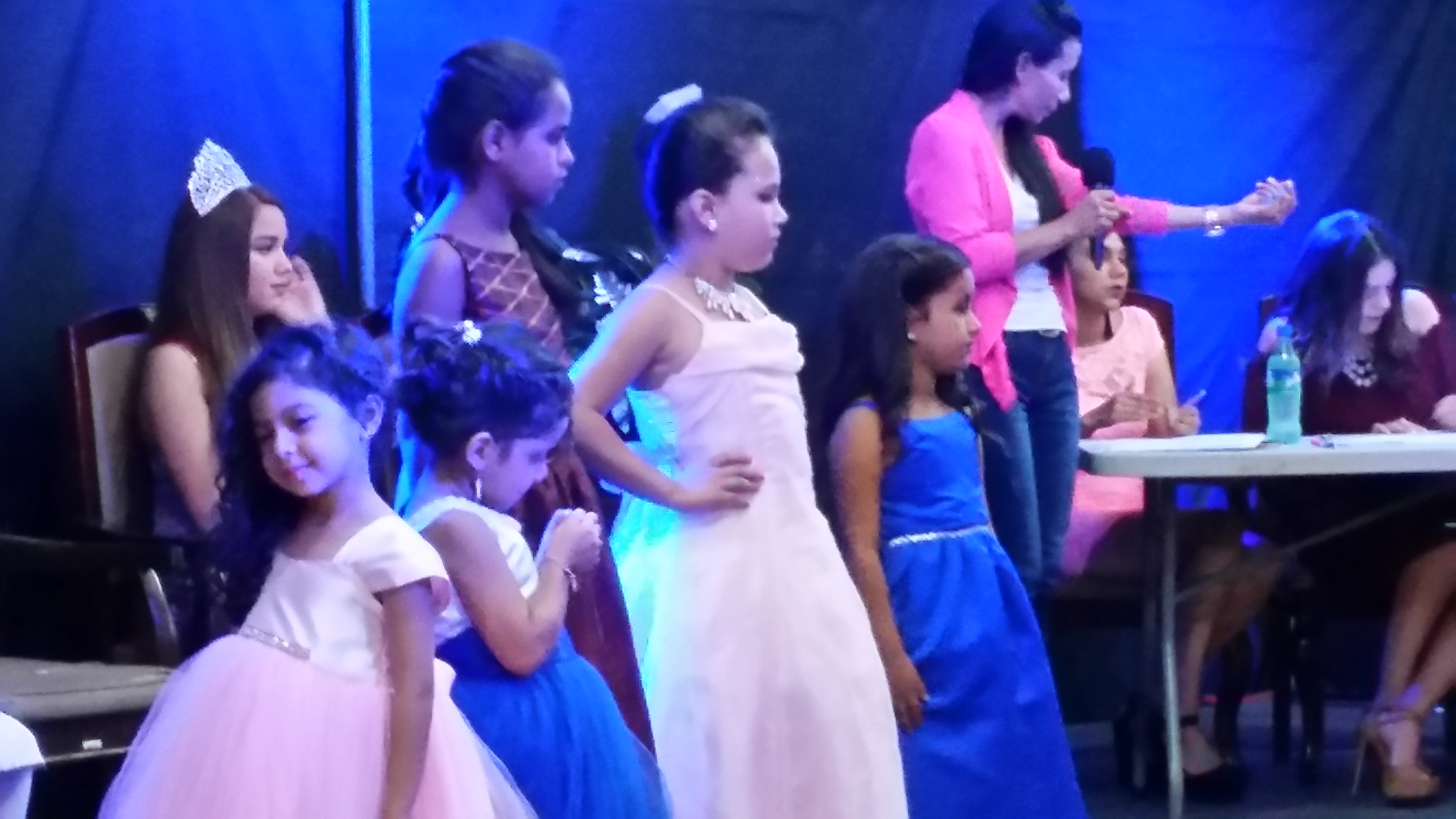 La reina infantil Eleana 2018