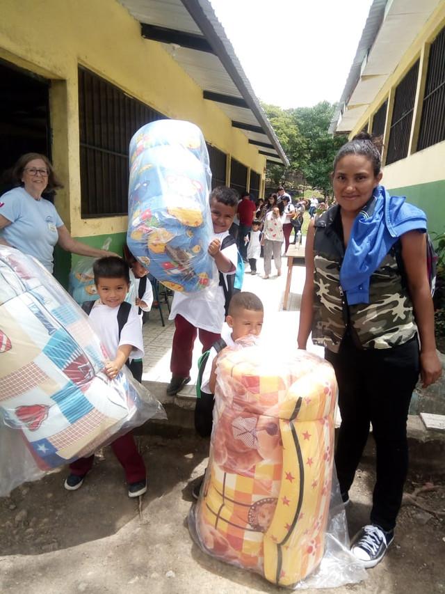 Unos 600 niños (as) reciben donación de organizaciones filantrópicas