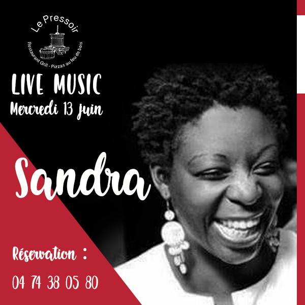 SANDRA LIVE.jpg