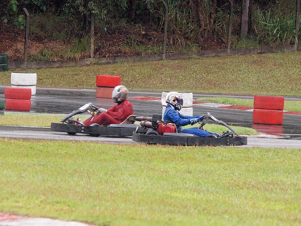 Rodrigo Gouveia (BTR) roda e se perde durante a corrida. PKL Paulista Kart League