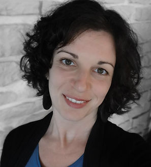 Lucie Frisson Graphiste Femme