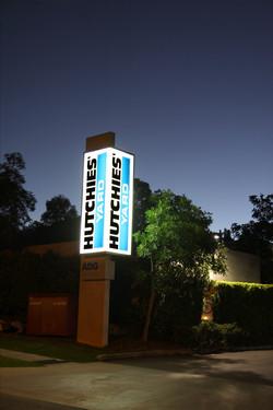 a-sign-design-hutchinson-pylon-night