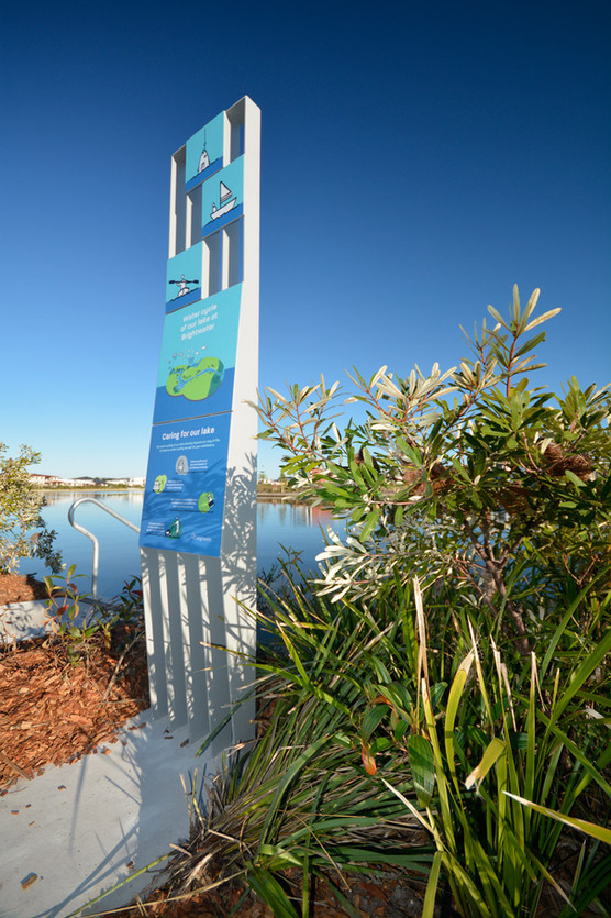 Lake Brightwater Totem Signs