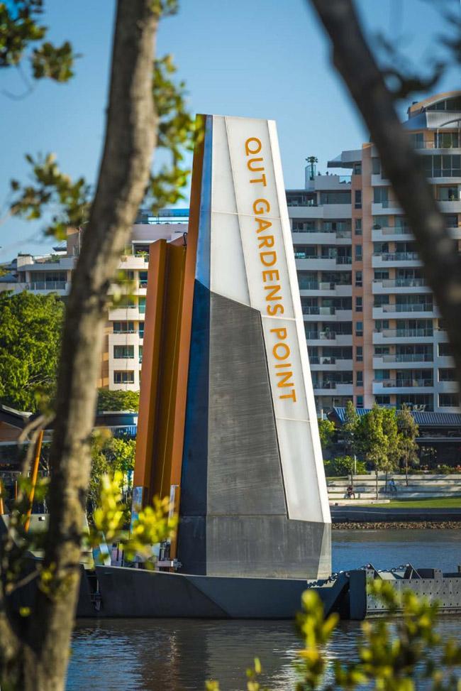 A-Sign-Design_Brisbane-Ferry-Terminal-12