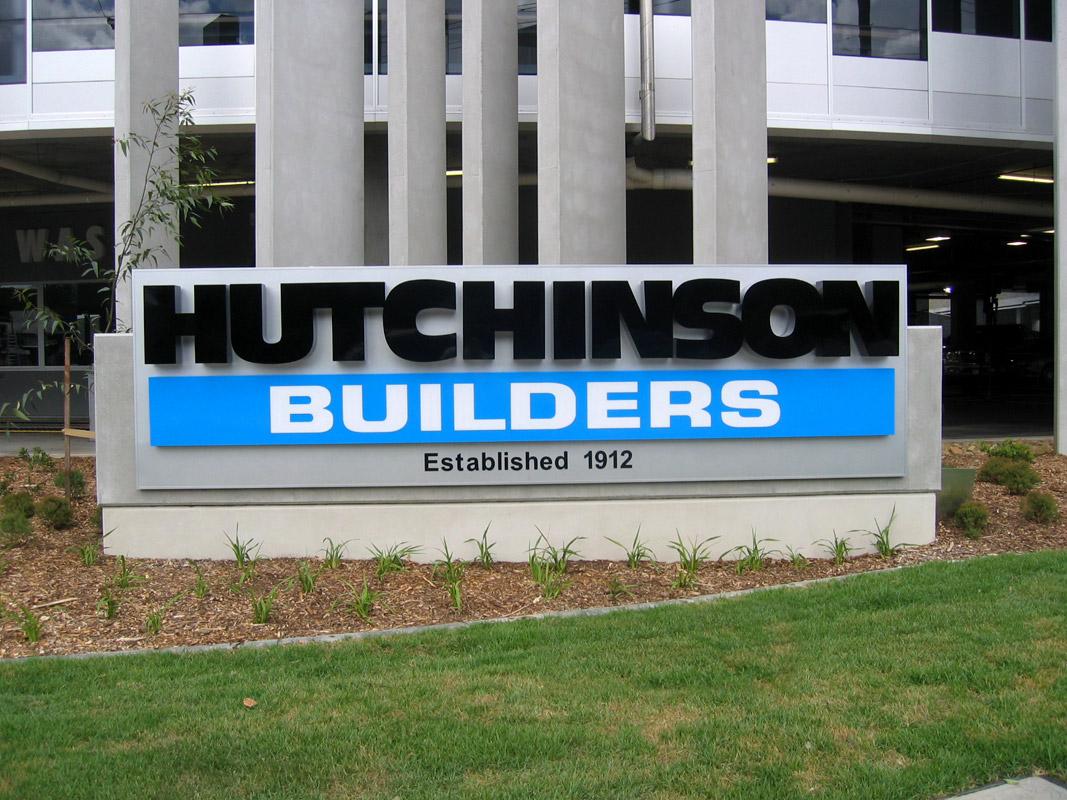 a-sign-design-hutchinson-plinth