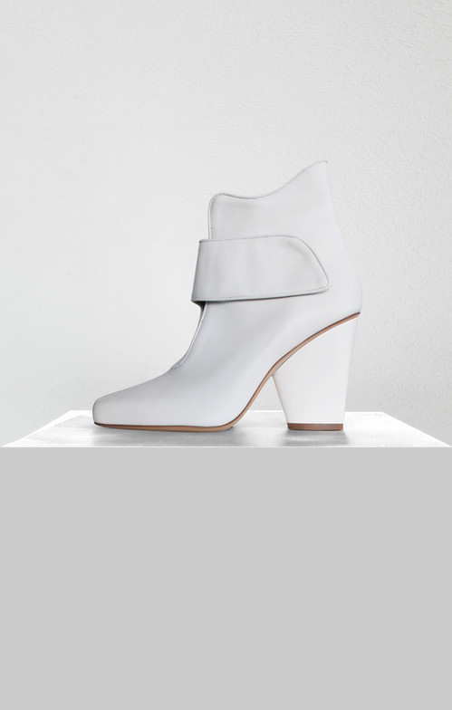 90_ankleboots_white.jpg