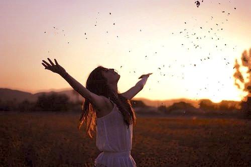 Personne libre, qui accepte les choses, qui est bienveillante envers elle-même, positive, réaliste et qui apprend à se connaître  X-perf Coaching