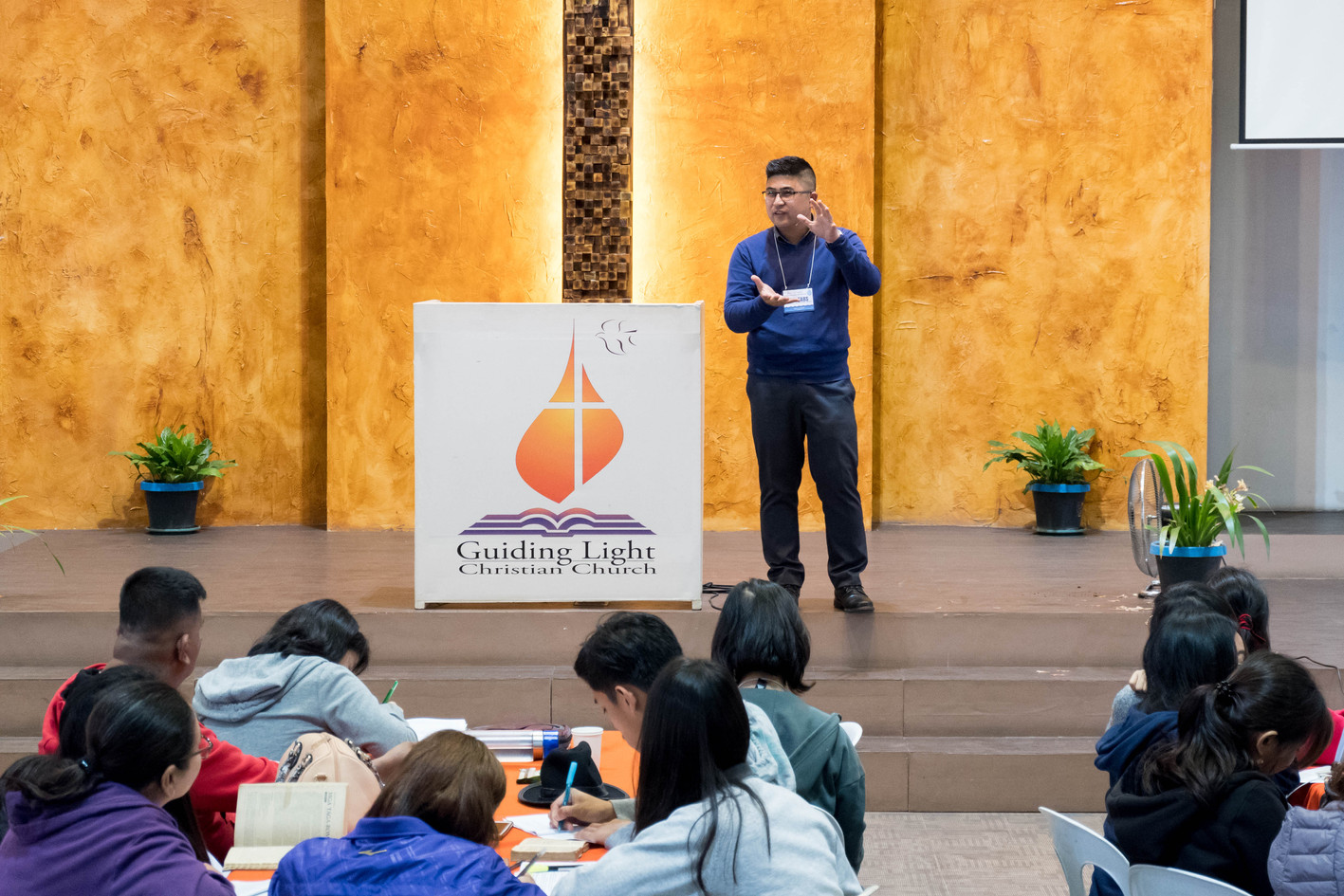 Bro. Tabs de Jesus Preaching the First Plenary (2)