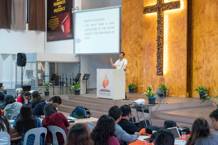 Ptr. Ence Ragos Preaching the Second Plenary (3)