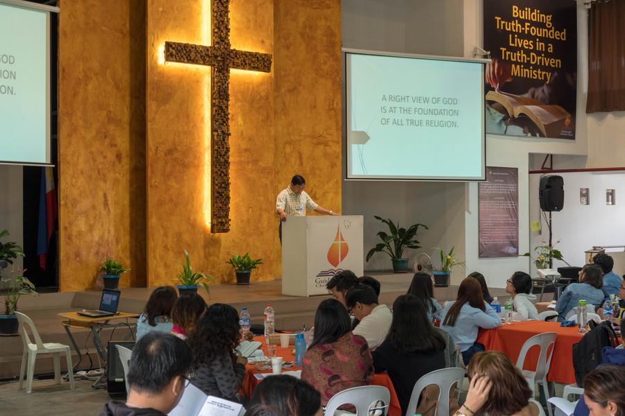 Ptr. Ence Ragos Preaching the Second Plenary (2)