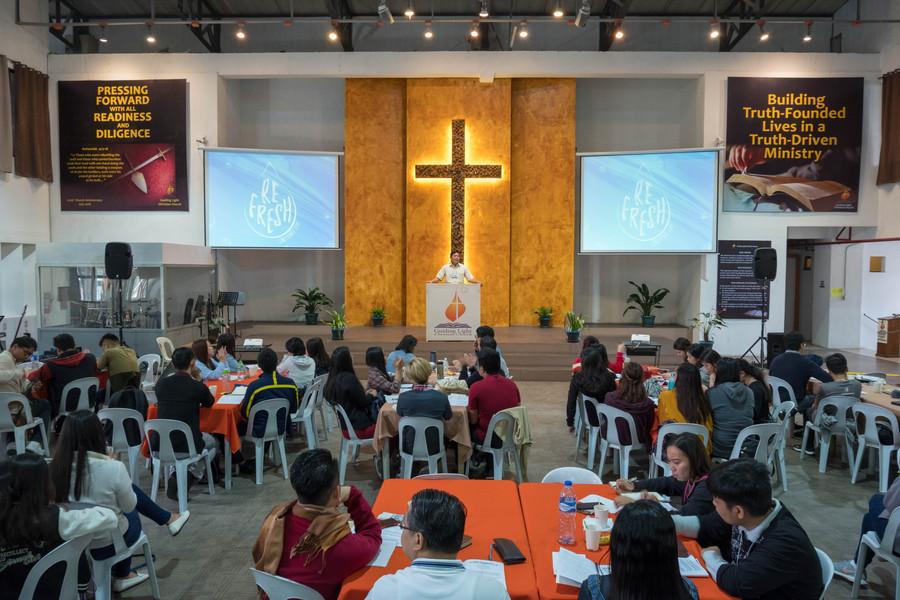 Ptr. Ence Ragos Preaching the Second Plenary