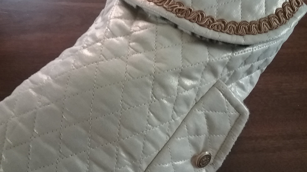 QUILTED SHIMMERY GOLD