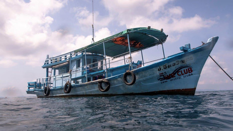 Pirates Dive Club boat