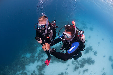 PADI Advanced Open Water Diver doing underwater navigation skill