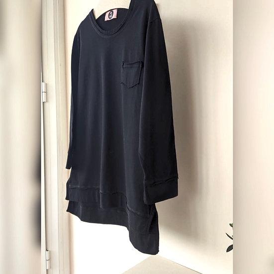 Μακρυμάνικη μπλούζα με τσεπάκι