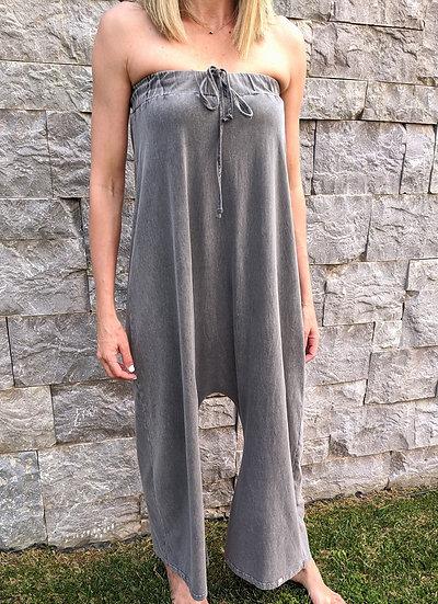 Ολόσωμη strapless φόρμα