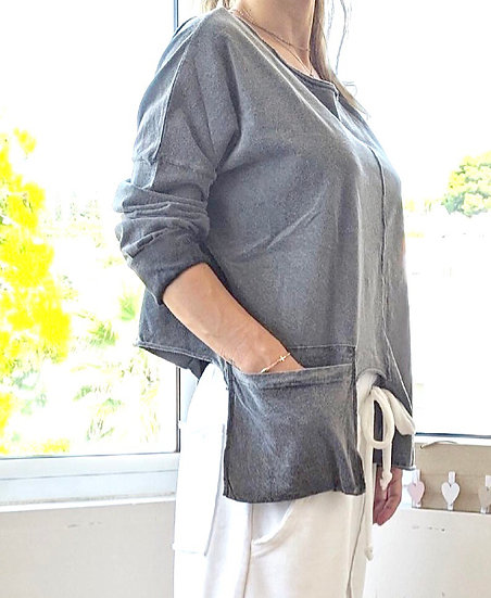 Μακρυμάνικη μπλούζα με εξωτερική τσέπη