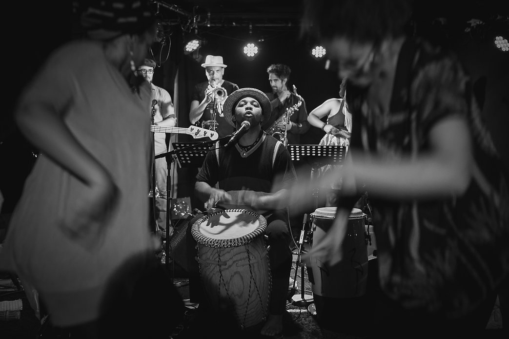 B_Philo & Les Voix du Tambour au Kalif 0