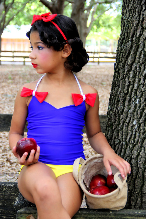 2 PC Our Princess Snow White