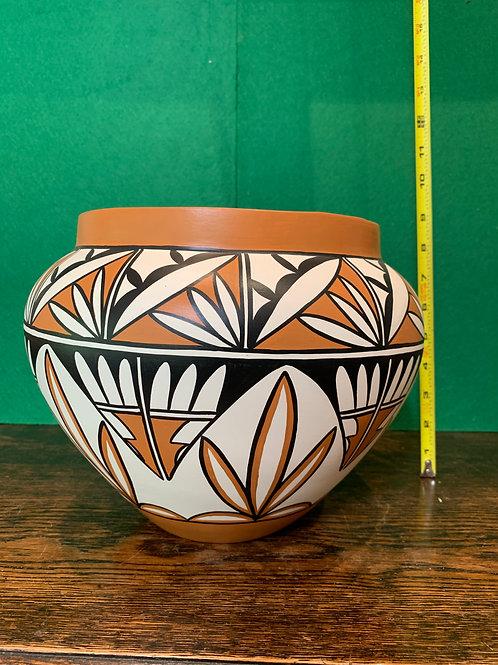 Traditional Zuni Pot