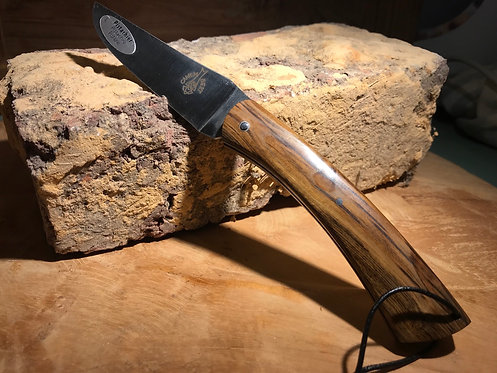 Couteau régional de Camembert en Pistachier